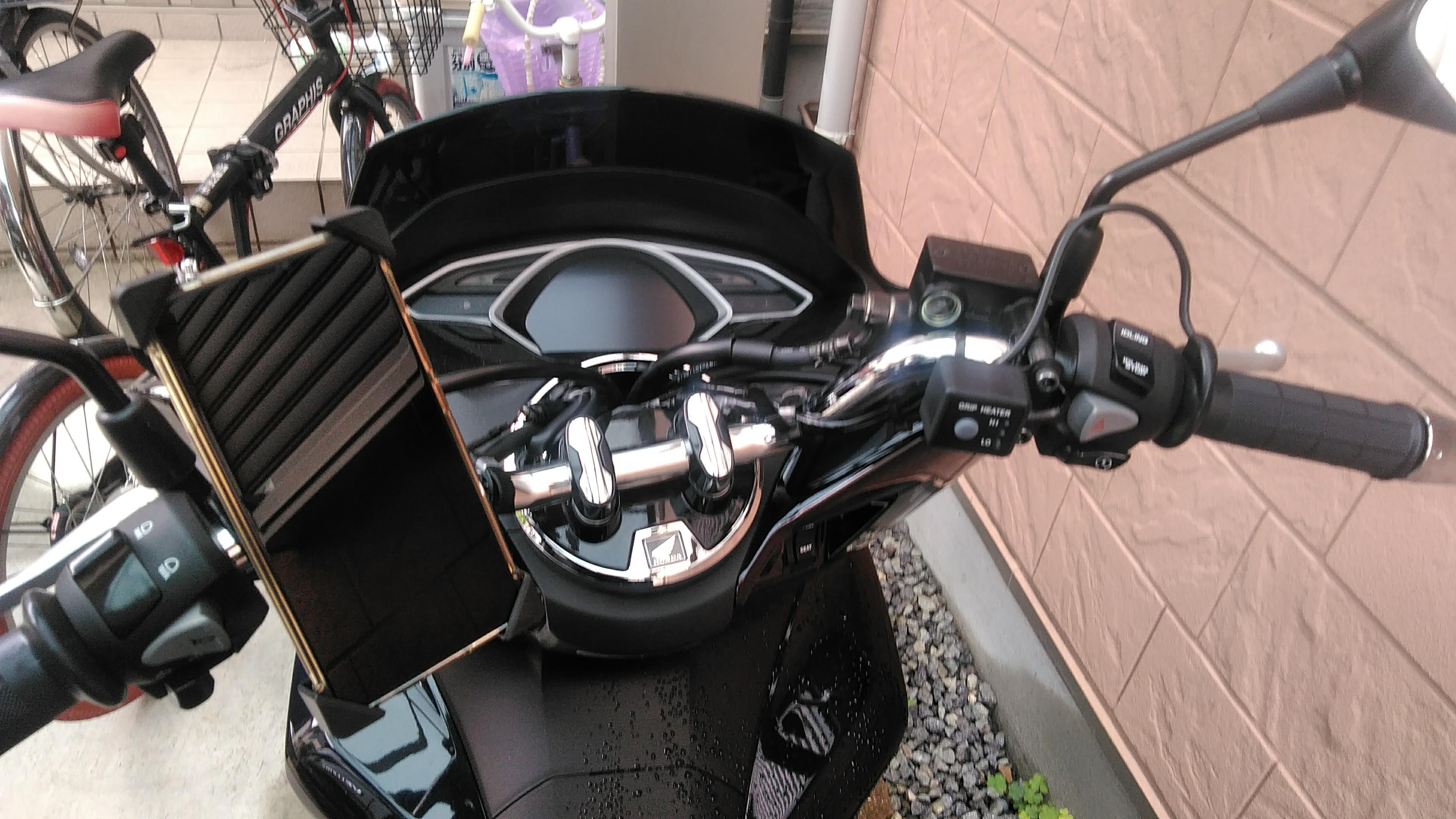 PCXバイク用スマホホルダー